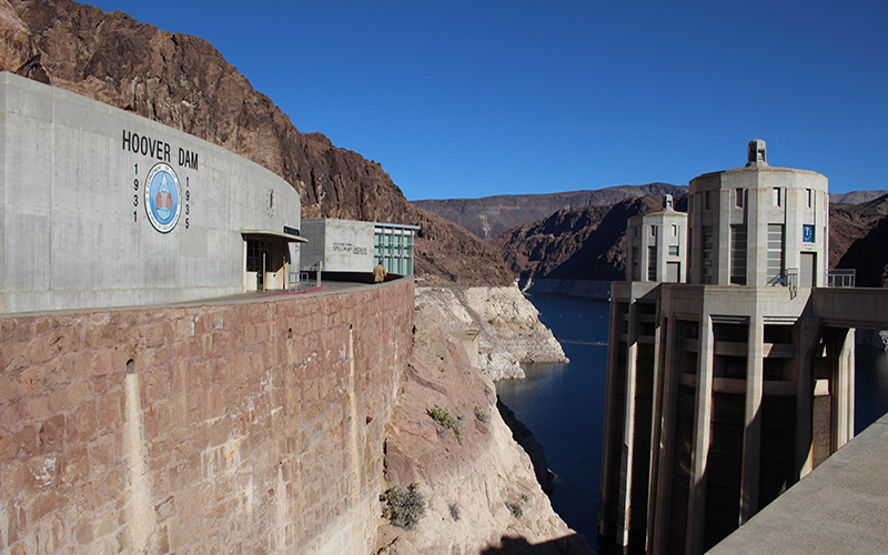 Hoover dam building with lake Mead below